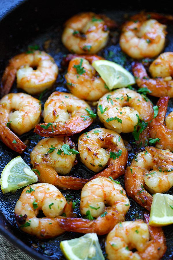 Easy and quick honey garlic shrimp cooked in skillet.