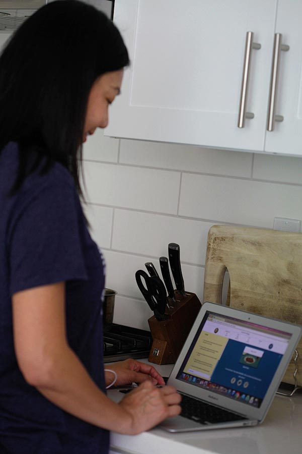 Bee observing OK Soy Vay website for recipe making.