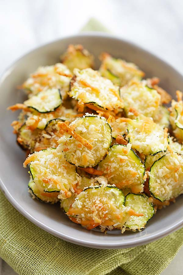 Oven Baked Zucchini Chips in bowl