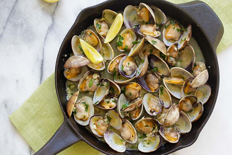 Garlic Butter Sauteed Clams