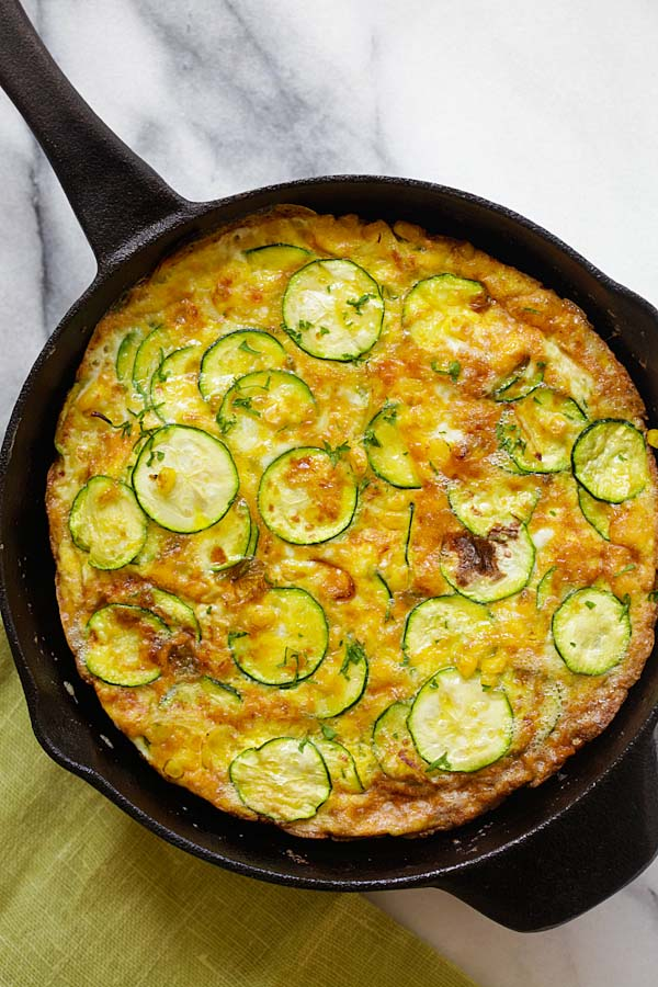 Zucchini Frittata - best and easiest frittata with zucchini and corn. Takes 15 mins to make with only 3 key ingredients, so good | rasamalaysia.com