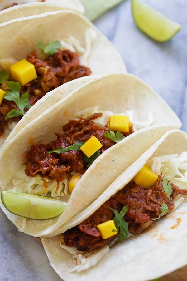 Easiest homemade beef brisket taco with mango.