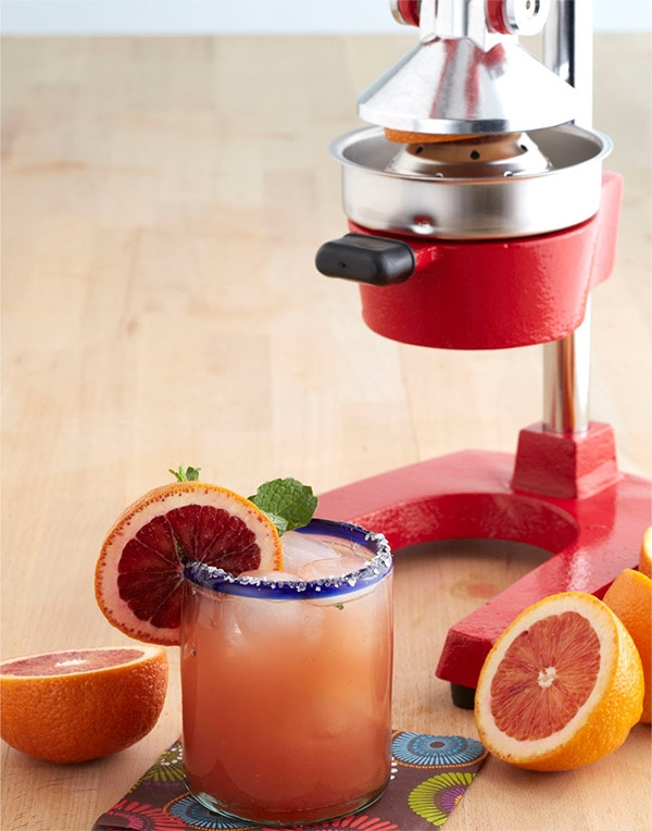 Blood Orange Margarita - fruity and boozy homemade margarita with blood orange and silver tequila. Get the party on with this easy recipe | rasamalaysia.com
