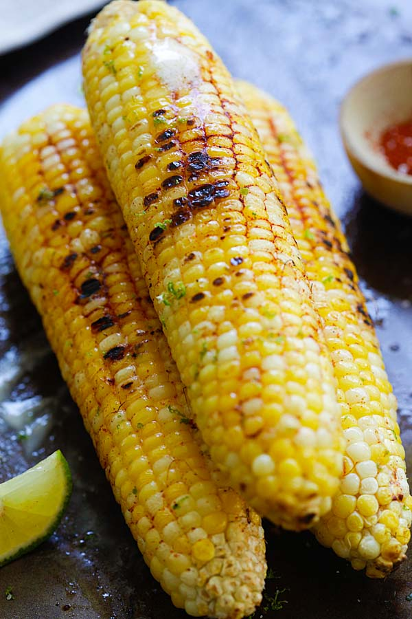 Chili Lime Corn - fresh corn seasoned with chili-lime spice mix. This chili lime corn recipe is so delicious and amazing that you'll want seconds | rasamalaysia.com