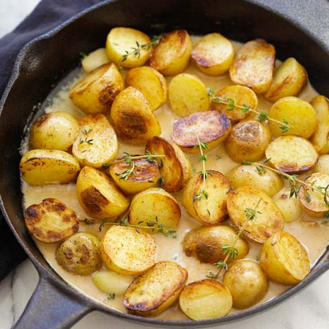 creamy garlic thyme potatoes