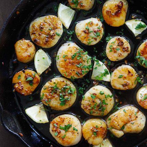 brown butter honey garlic scallops