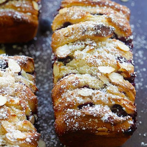 Blueberry-Cream Cheese Pull-Apart Bread