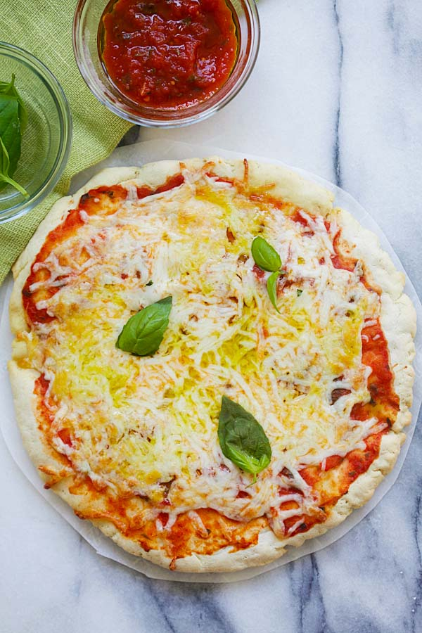 Gluten-Free Pizza Margherita - homemade pizza Margherita with gluten-free crust. Made with Argo® Corn Starch, this pizza is so delicious | rasamalaysia.com