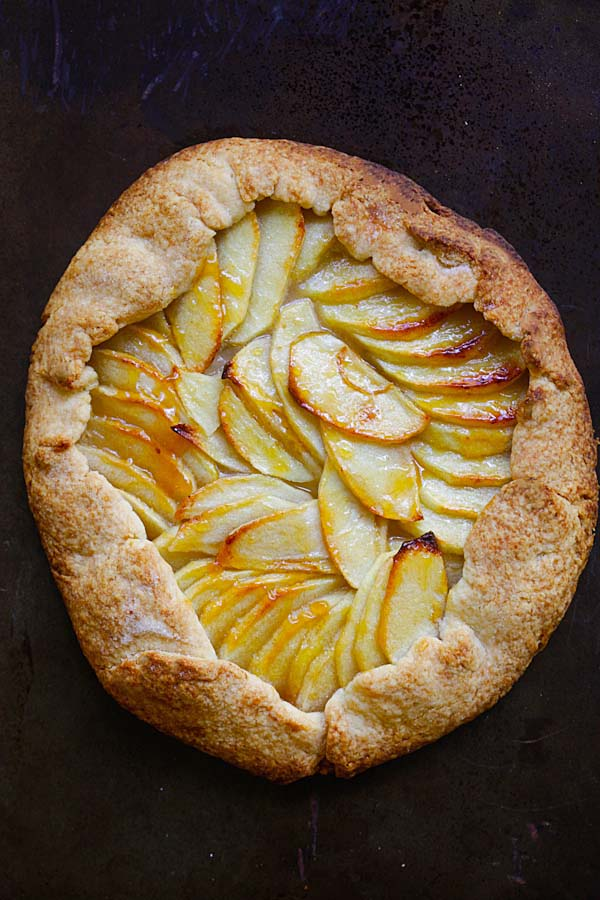 Rustic apple tart, ready to serve.