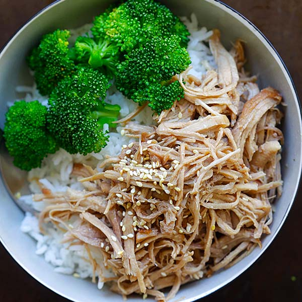 Hawaiian Kalua Pork (Instant Pot)