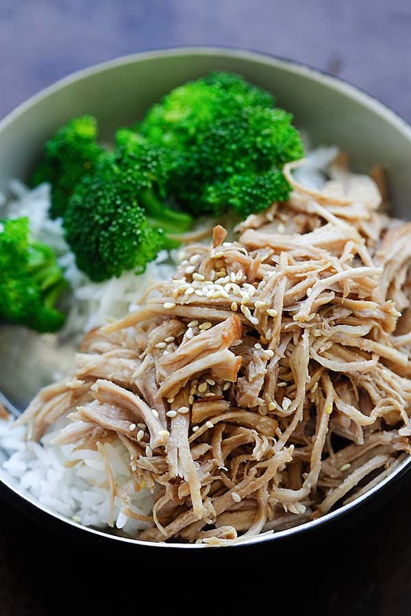 Pressure cooked Hawaiian shredded chicken served with rice and broccoli.