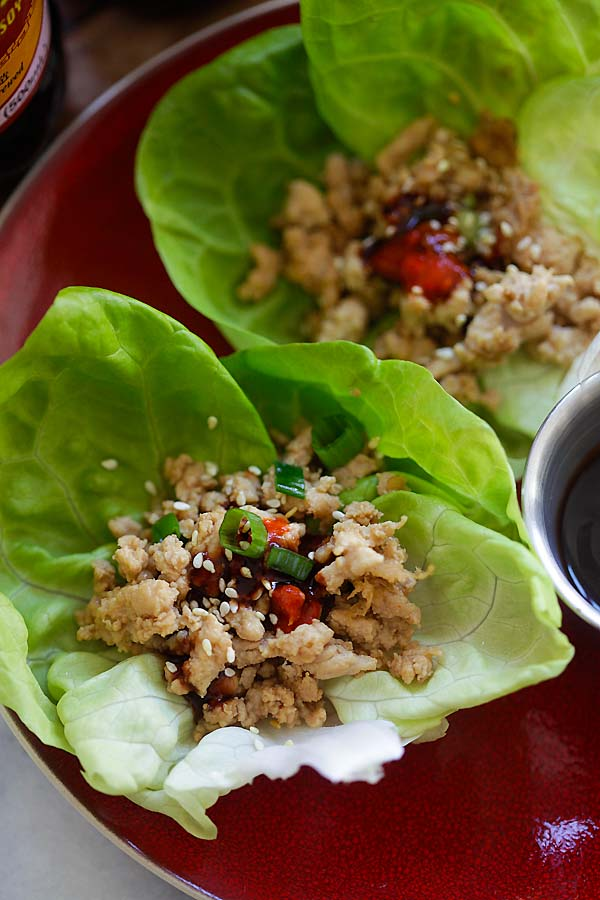 Turkey lettuce wraps recipe with ground turkey with a Hoisin-Sriracha dipping sauce.