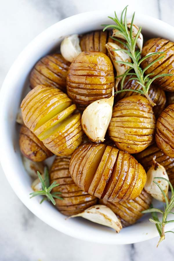 Easy and delicious homemade hasselback roasted potatoes with honey balsamic and garlic.