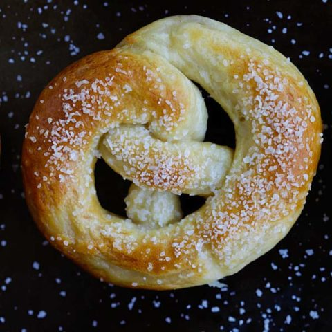 Pretzel (Easy Recipe with No Lye