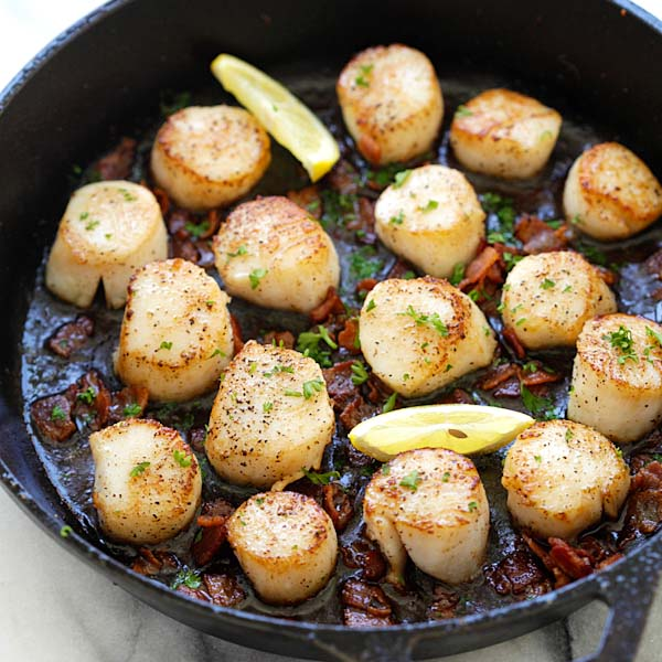 Seared Scallops with Bacon