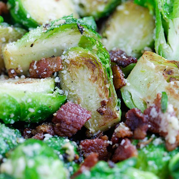 Garlic Parmesan and Bacon Brussels Sprouts - skillet roasted Brussels sprouts with garlic, Parmesan cheese and bacon. Sinfully good | rasamalaysia.com