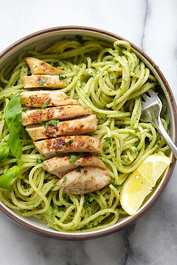 Pesto Pasta with Chicken - easy pasta with basil pesto and grilled chicken. Loaded with yogurt and Parmesan cheese, this recipe is so delicious | rasamalaysia.com