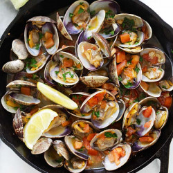 Italian sauteed clams