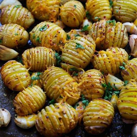 Chili Garlic Roasted Potatoes