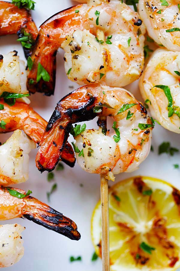 Shrimp kabobs marinade with garlic butter.