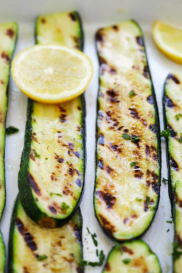 One of the easiest zucchini recipes on grill is grilled zucchini with lemon and butter.