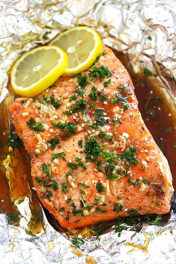 Soy Honey Butter Salmon - Easy roasted salmon recipe with soy sauce and honey butter. Moist, juicy and delicious salmon for the entire family | rasamalaysia.com