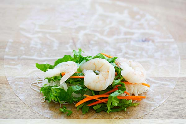 Summer roll with shrimps