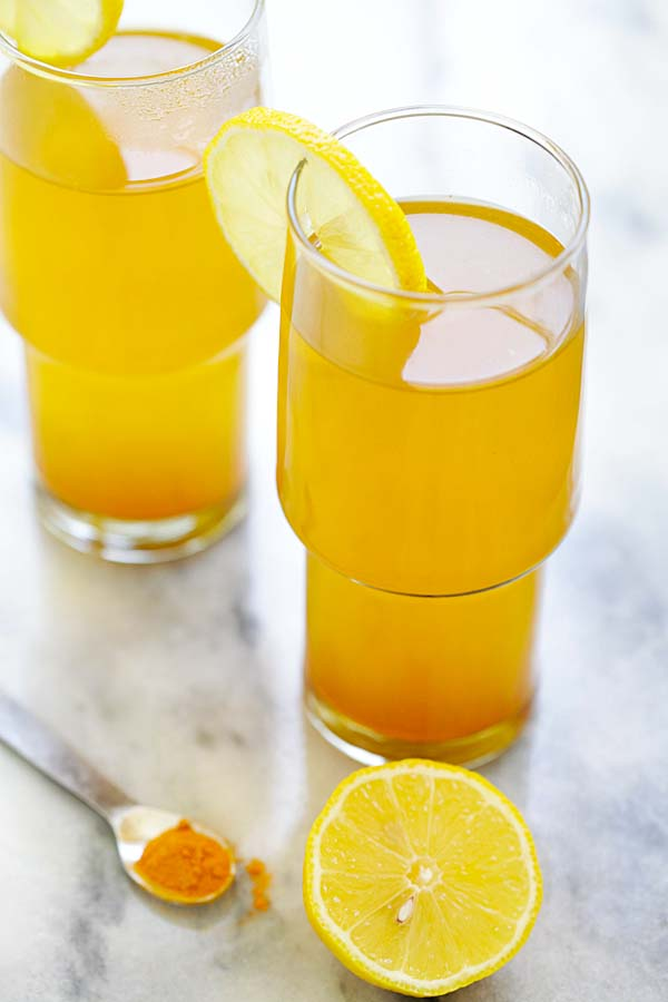 Turmeric and Apple Cider Vinegar Detox Tea - healthy detox tea made with turmeric, apple cider vinegar and honey. A beverage that you can drink daily | rasamalaysia.com