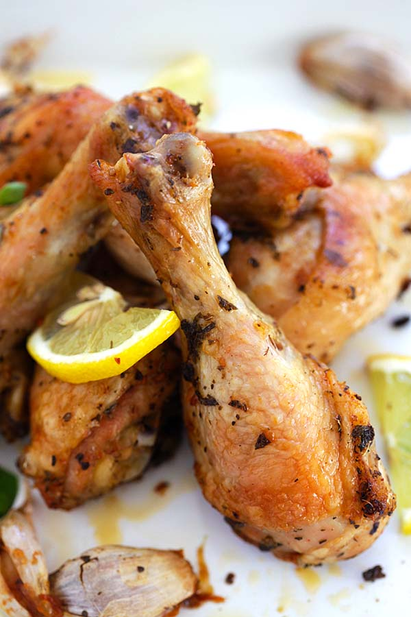 Italian roasted chicken easy delicious recipes for Simple yet delicious dinner recipes