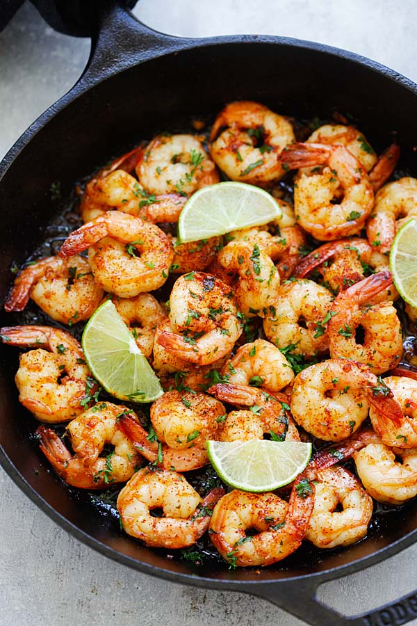 Sauteed shrimp with smoky chipotle chili pepper, lime juice, honey and garlic.
