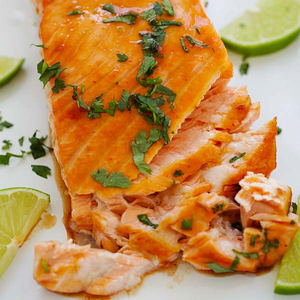 Cilantro Lime Salmon - the best and easiest cilantro lime salmon ever. 10 minutes active time and the rest in the oven. So good | rasamalaysia.com