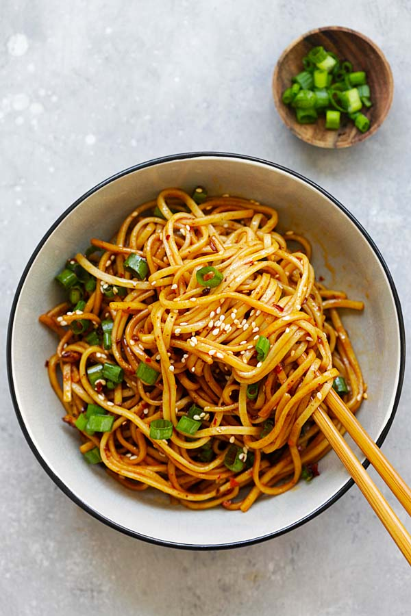 Spicy sichuan noodles easy delicious recipes spicy sichuan noodles cold noodles in a spicy savory and numbing sichuan sauce my favorite chinese food forumfinder