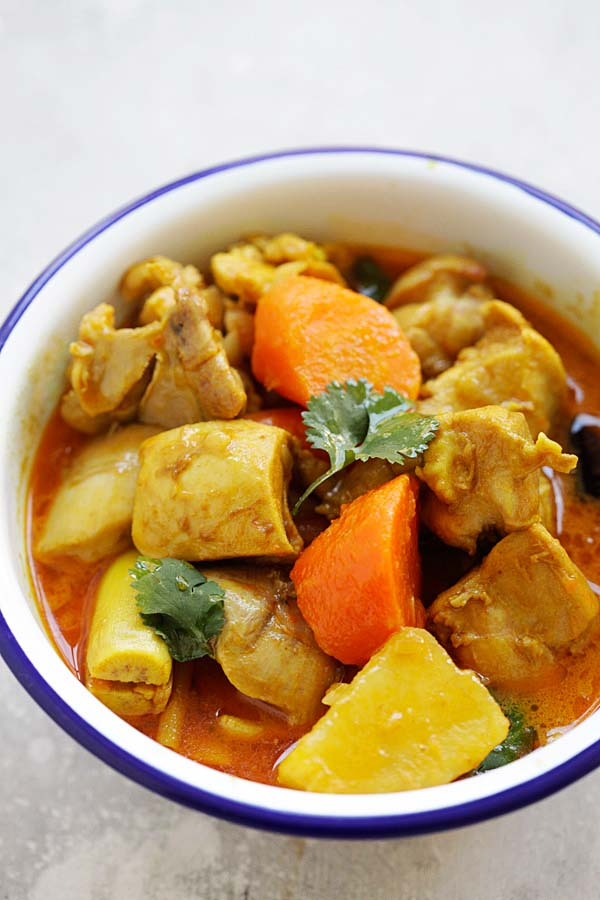 Vietnamese Chicken Curry with tender chicken, rich curry with potatoes and carrots served in a bowl.