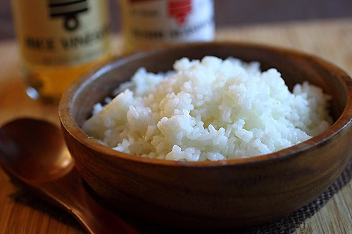 Sushi rice in a Japanese bowl.