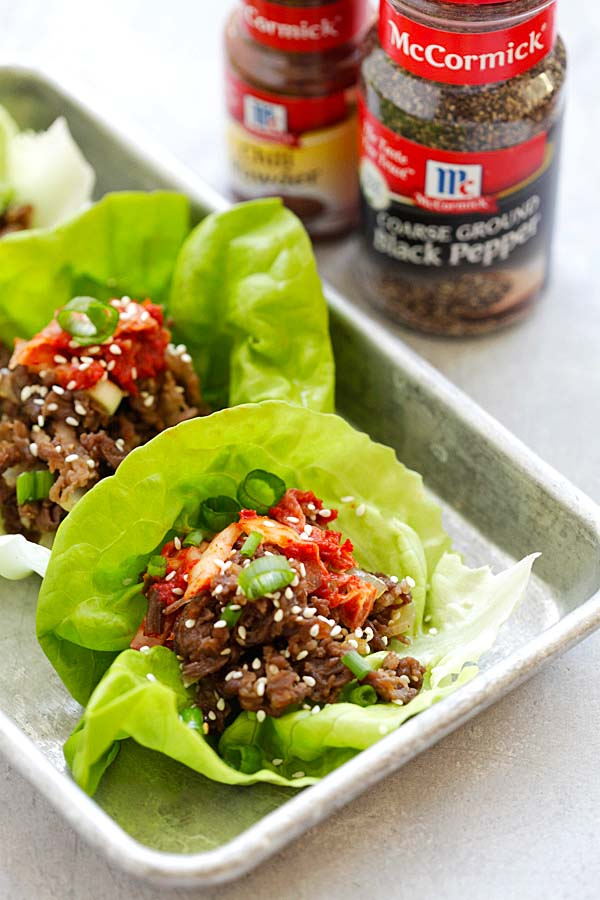 Bulgogi Lettuce Wraps - how to make Korean beef bulgogi with simple ingredients and serve as lettuce wraps. A healthy appetizer for any occasions | rasamalaysia.com