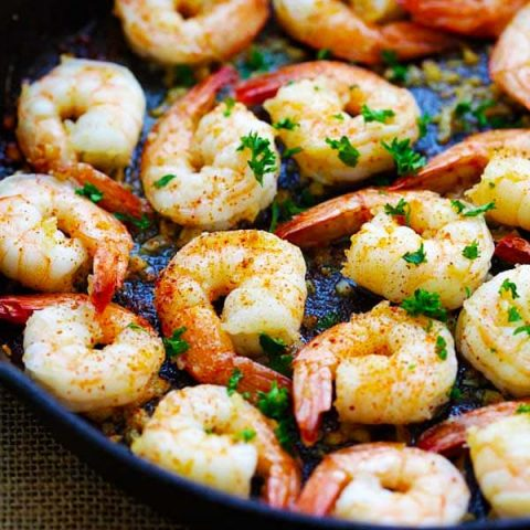 Garlic shrimp is one of the best shrimp recipes.