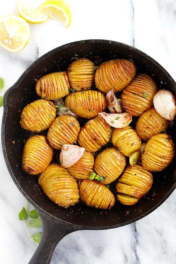 Garlic Butter Hasselback Potatoes - easy roasted potatoes with garlic and butter. Each potato is cut and sliced to form the Hasselback shape | rasamalaysia.com