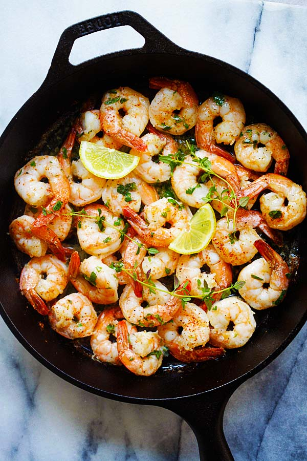 Easy and delicious skillet sauteed shrimp with lemon butter and herbs (thyme, oregano and Italian parsley).