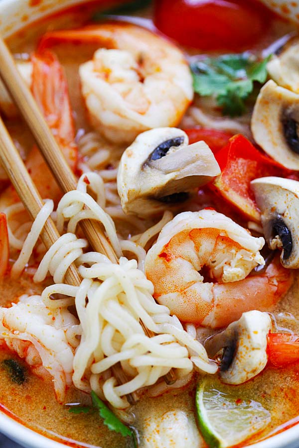 Thai Shrimp Noodle Soup – quick and easy Thai noodles made with ramen. Loaded with shrimp, mushrooms, herbs, tomatoes and mouthwatering Thai Tom Yum soup. So good! | rasamalaysia.com