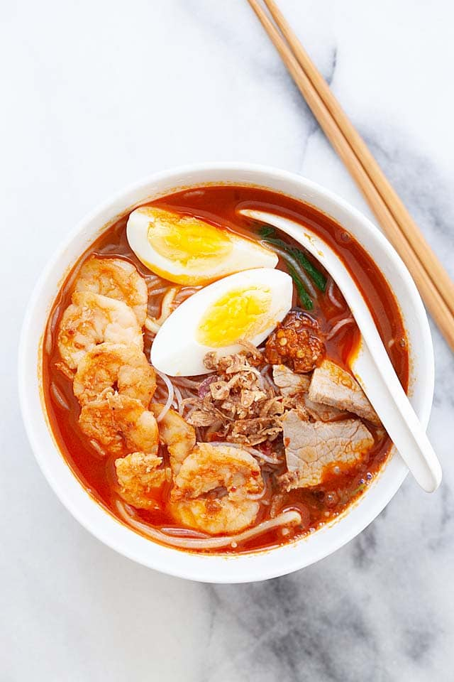 Penang Hokkien Mee (Prawn Noodle Soup ) - Rasa Malaysia