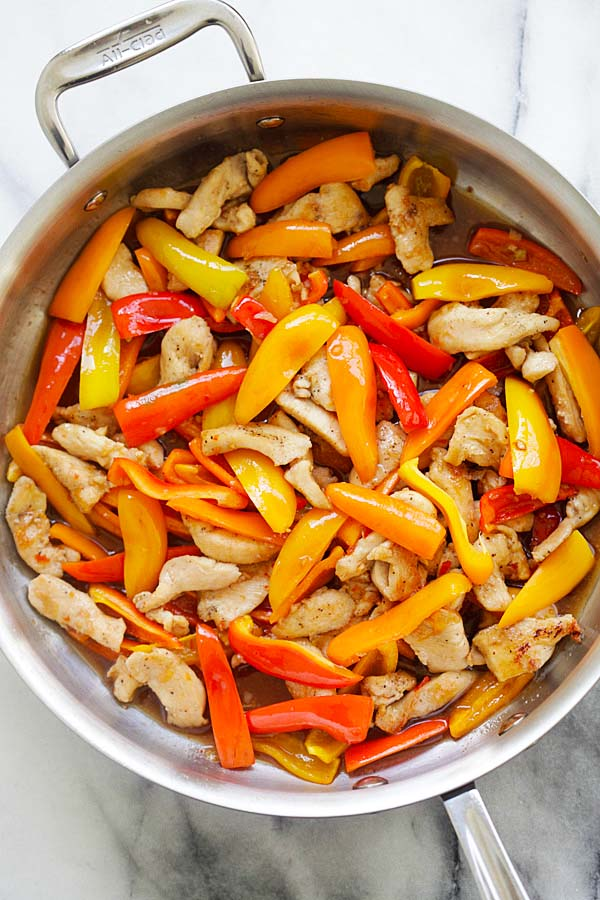 Sauteed Sweet Pepper Chicken in skillet.