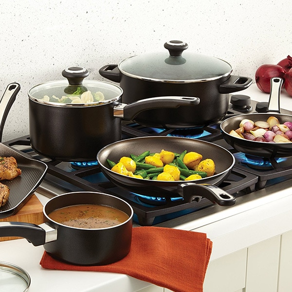 Farberware® High Performance Nonstick Aluminum 17-Piece ...