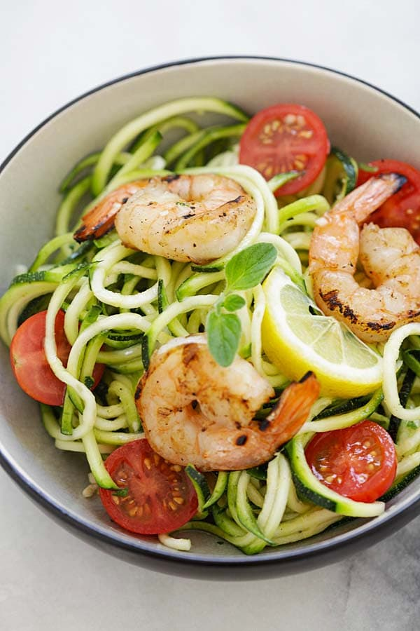 Quick and easy healthy zucchini noodle salad.