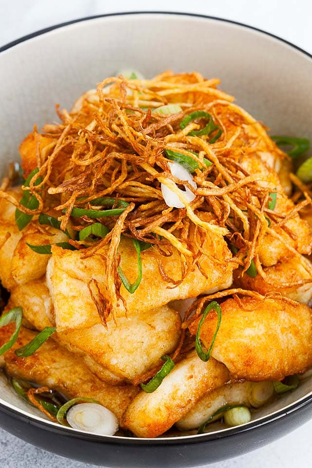 Ginger soy fish made with halibut fish, soy sauce, ginger and scallions is one of the best halibut recipes.