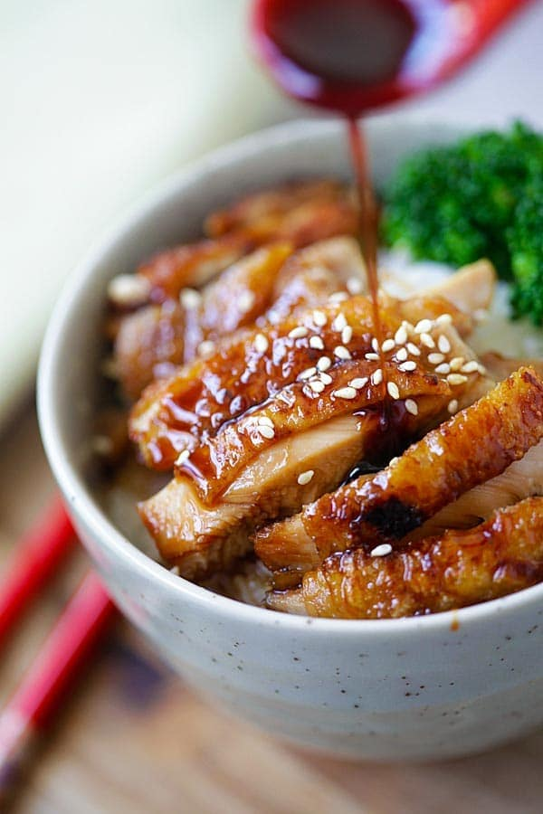 Chicken teriyaki bowl with steamed rice and chicken teriyaki.