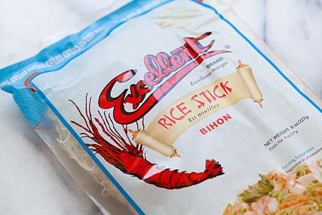 Excellent brand dry rice sticks or rice vermicelli or Bihon in plastic packaging.
