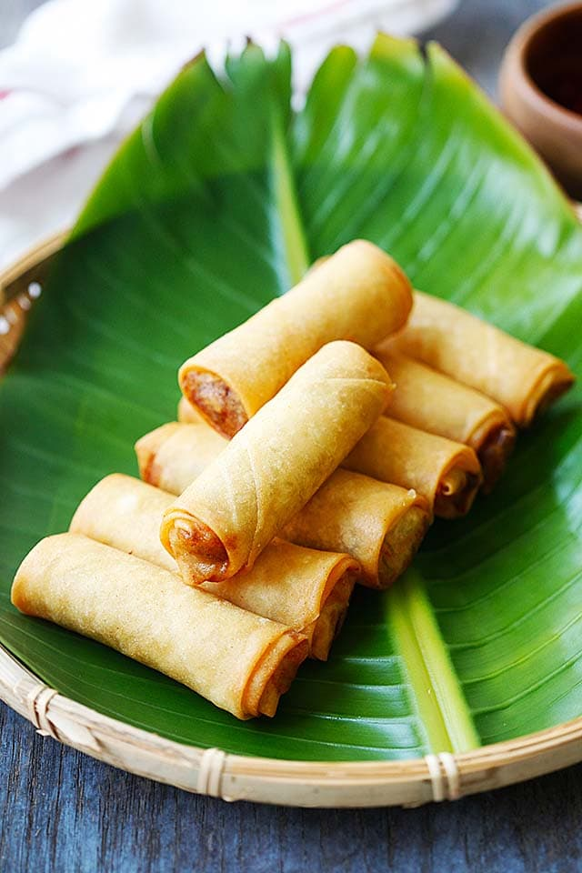 Spring roll recipe made of vegetables and spring roll wrapper.
