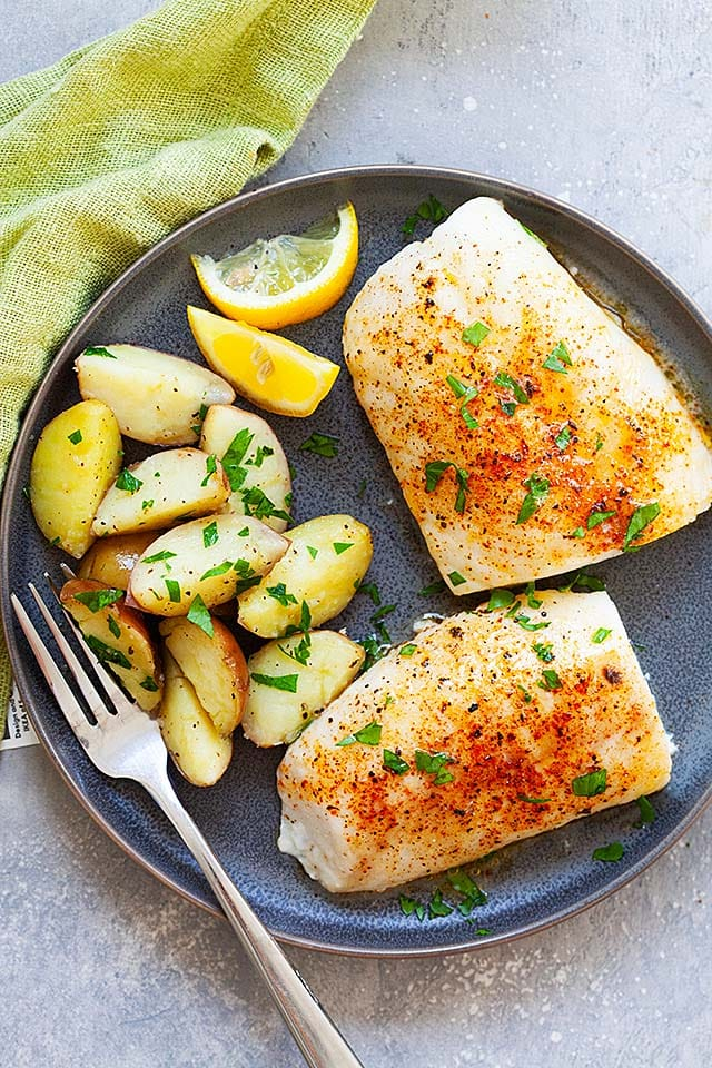 Baked cod recipe with cod fillets.