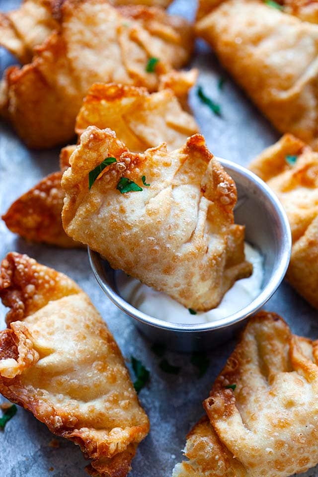 Fried shrimp wontons.