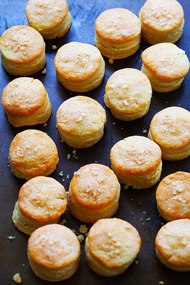 Homemade biscuits on a baking tray, fresh off the oven.